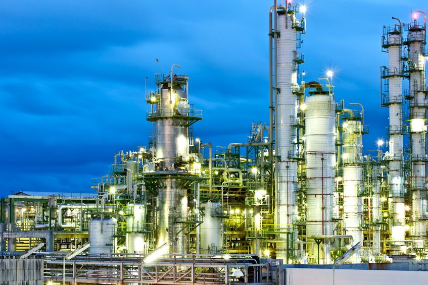 petrochemical_plant_17603481_m.jpg